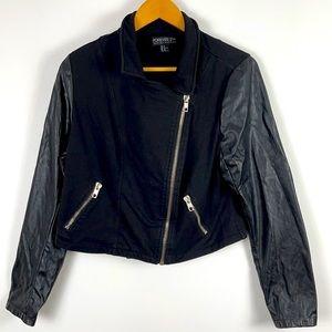 ✨3/$25✨Forever 21+ Black Moto Crop Jacket